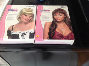Secret Wishes - Blond or Auburn Wig - Perruque - IN BOX