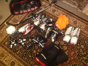 Full youth Hockey equipment (ages 14-15) Kitchener / Waterloo Kitchener Area image 1