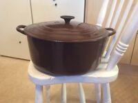 Large Le Cruset cast iron casserole. £30 Ono