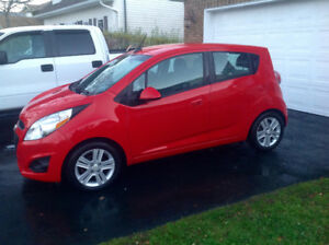 2014 Chevy SPARK 5 Speed Manual 39,800km 4 Door Hatchback
