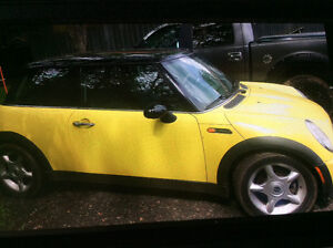 2002 MINI Cooper PWR GLASS ROOF NEED STARTER AND CLUTCH