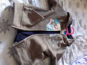 Never Worn Girls Size 6x Disney Frozen Outfit