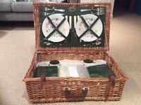 Optima wicker basket picnic hamper