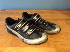 Nike cycle shoes for sale, size 10