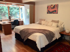 Beautiful 6 bedrooms, 5 bathroom whole house in West Vancouver