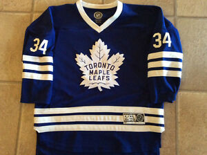 Maple leaf personalized hockey jersey