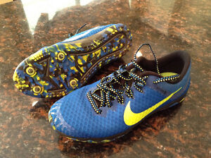 NIKE Zoom Rival XC Track Spikes for 7-9 Yr. Old Size 3.5