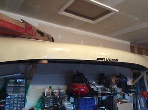 Kevlar Canoe for higher end guitar