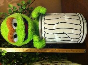XL Oscar the Grouch Kids Play Friend Plush Sesame Street Doll Lg