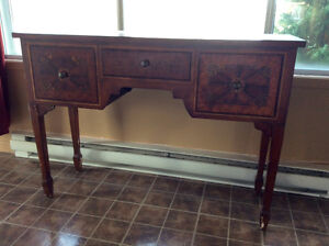 Buffet style antique