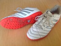 Adidas Traxion Astro trainers Size 4