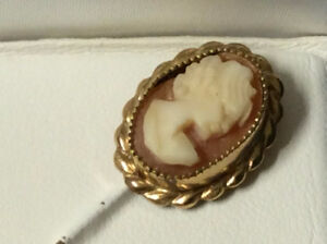 1/20th K Gold CAMEO stick pin