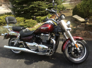 Beautiful two tone cherry red Triumph Thunderbird for sale