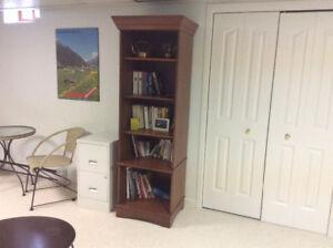 Petite bibliothèque en bois