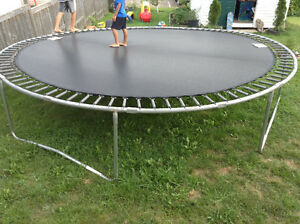 Trampoline Kijiji Free Classifieds In New Brunswick Find A Job Buy A Car Find A House Or