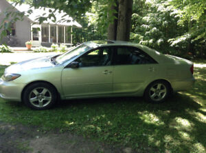 Toyota Camry 2003 V6  207k km - LOADED - AWESOME DEAL!
