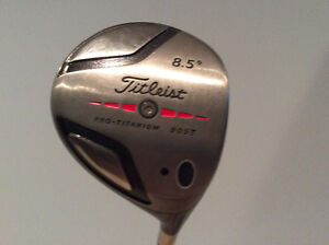 Titleist 905T Rt handed driver