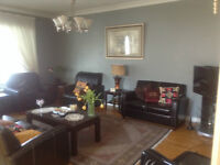 Yonge & Steeles,3bd Beautiful, Clean, Newly renovated Main floor