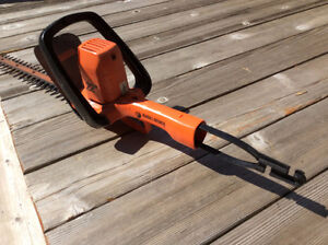 Taille-haie Black and Decker