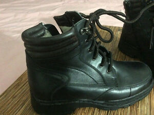 Womens NATURALIZER waterproof leather boots-wool lined