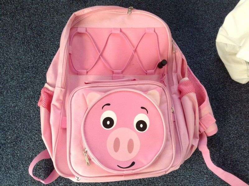 Pink pig rucksack and lunchbox