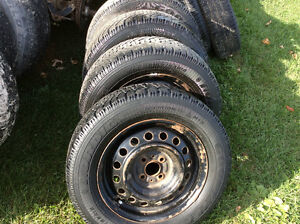 195 55 R15 Good Year snow tires with rims Reduced Kawartha Lakes Peterborough Area image 2