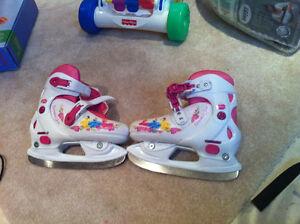 Disney girls adjustable skates
