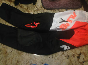 BRAND NEW ALIAS MOTOCROSS PANTS.