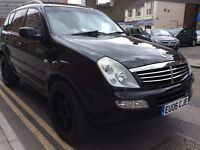 SSANGYONG REXTON DIESEL 7 SEAT FULL LEATHER FULL ELECTRIC/ HEAT PACK FULLY LOADED!! 1 YR MOT 1 YR AA