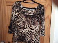 Wallis leopard print top