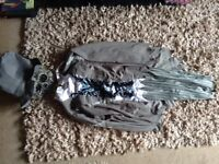 Ghoulish groom outfit. Ideal Halloween. Large size.