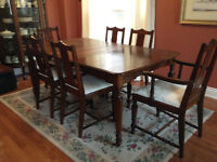 RARE, High-quality Canadian antique dining set by KNECHTEL