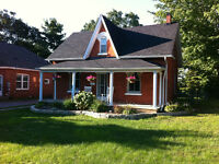 Beautiful Century Home Near Barrie Waterfront!