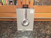 Beats Solo 2 Wireless Limited Edition Space Grey