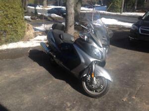 Moto/Scooter Burgman Executive, excellente condition