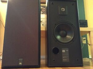 Haut-parleurs JBL 2800 boitier noir  8 omhs, 125 Watts
