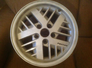 GM PONTIAC RIMS