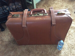Vintage Dominion Luggage Travel Bag 1930's-40's Leather