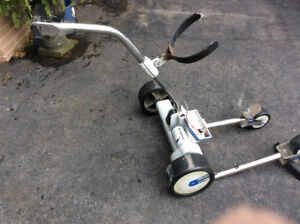 Golf - Kangaroo Caddie Hillcrest with battery and charger