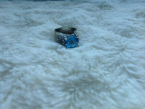 Beautiful 10k white gold ring with blue topaz for sale