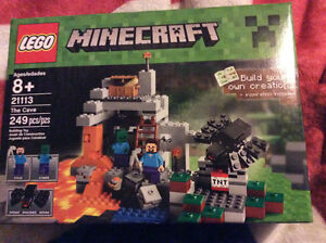 LEGO® Minecraft - The Cave (21113)