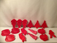 TUPPERWARE RED COOKIE CUTTERS ( 1960'S )