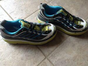 Hoka  Running shoes Windsor Region Ontario image 1