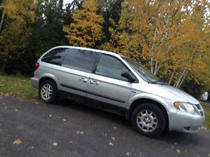 2005 Dodge Caravan Minivan, Van $600 OBO