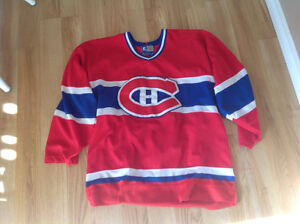 Adult large Montreal Canadiens jersey