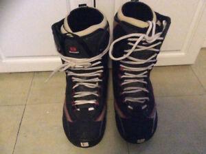 Burton snowboard boots size 9.5 men's  in good condition