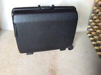 Suitcase combination hard shell medium size