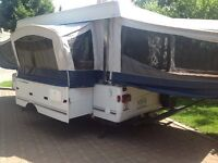 Tente Roulotte - extra large Tent Trailer Fleetwood (Bayside)