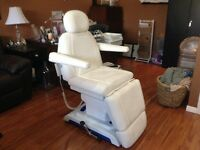 massage-esthetic chair