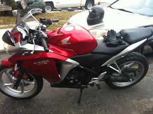 REDUCED NEED GONE NEW CBR250R